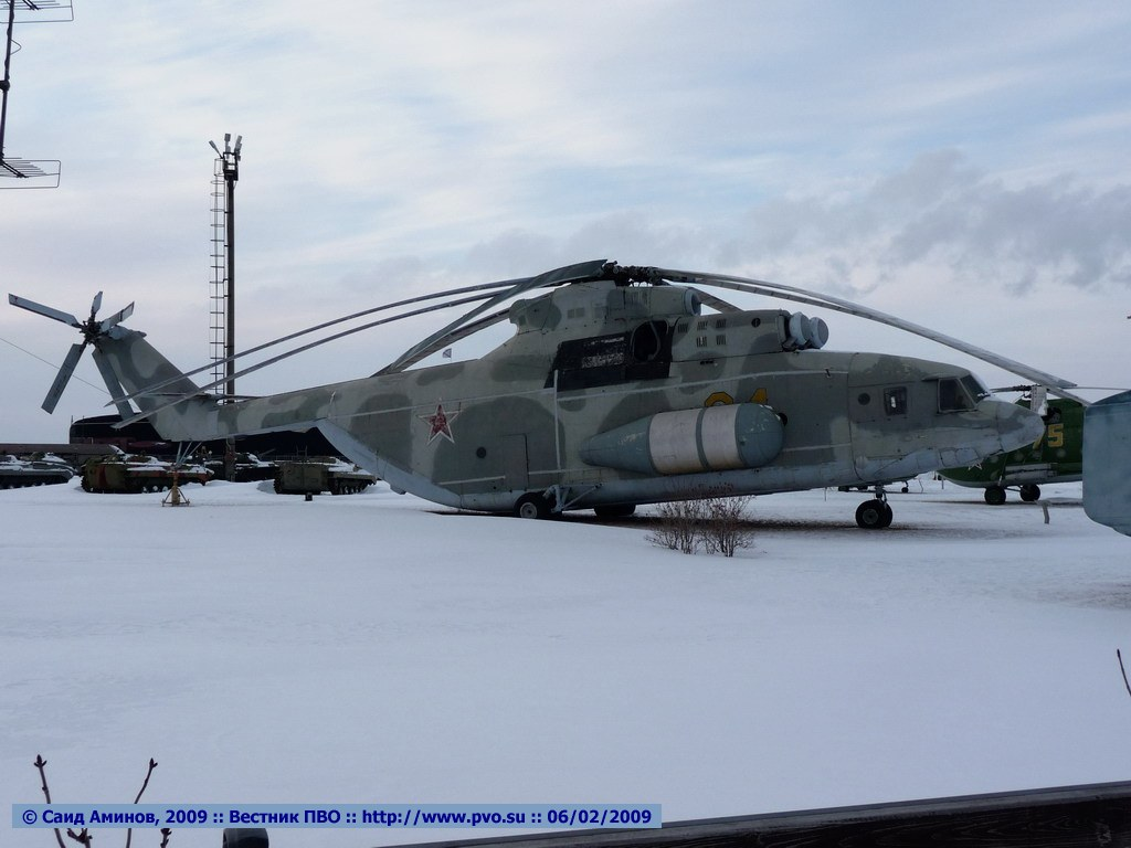http://pvo.guns.ru/images/expo/avtovaz/said2009/P1000071_DCE.JPG